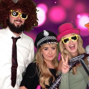 photo booth hire sun hotel warkworth